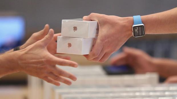 Ai cũng khen đập hộp iPhone rất đã và đây là lý do tại sao