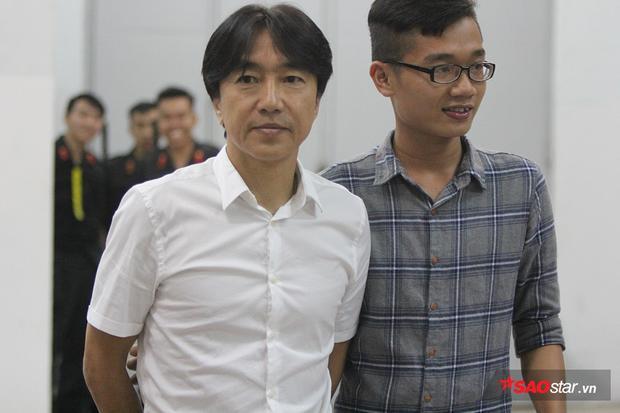 HLV Miura từng làm HLV trưởng đội tuyển Việt Nam từ năm 2014 đến năm 2016. Ông giúp bóng đá Việt Nam giành Huy chương đồng AFF Cup 2014, Huy chương đồng SEA Games 2015. Thành tích đáng kể nhất là đưa đội Olympic Việt Nam thắng Iran 4-1 và giành vé vào tứ kết ASIAD 2014 ở Incheon, Hàn Quốc. Ông để lại nhiều ấn tượng với CĐV bóng đá Việt bằng lối huấn luyện khoa học, chuyên nghiệp và đức tính giản dị, thật thà của mình.