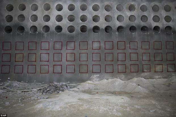 Theo quan niệm của người Do Thái, hầm mộ này sẽ giúp người đã khuất được sống lại.
