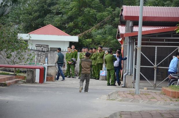 Lực lượng chức năng có mặt tại BV Sản nhi Bắc Ninh.