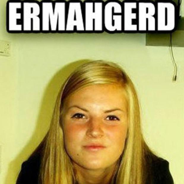 Ngay sau đó, danh tính của cô gái trong meme này đã được nhiều người bán tán. Vào ngày 28 tháng 3 năm 2012, một người dùng Reddit đăng tải một tấm hình cho rằng đã tìm được ra cô gái này ngoài đời thật.