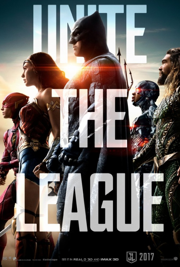 Fan phẫn nộ khi rạp Trung Quốc trưng poster chế Justice League hạ gục biệt đội nhà Marvel