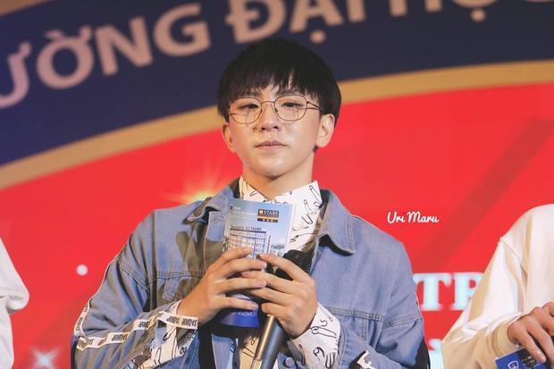 Vị trí mà Tùng Maru đảm nhận trong nhóm là Main Dancer, Lead Rapper. Bên cạnh khả năng âm nhạc, anh còn có năng khiếu về nhảy và thậm chí là tự sáng tác.