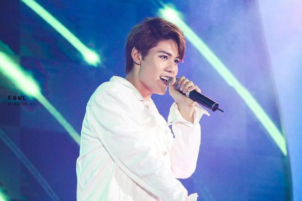Lục Huy có gương mặt khá Hàn Quốc, dễ khiến các fan girl xiêu lòng.