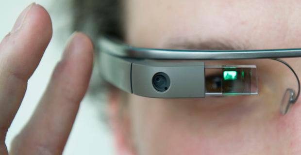 Năm 2021, một thiết bị trông như kính mắt Google nhưng có sức mạnh tương đương với một chiếc máy tính bàn sẽ xuất hiện.