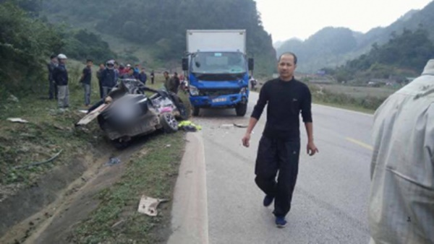 Hiện trường vụ tai nạn kinh hoàng. Ảnh facebook