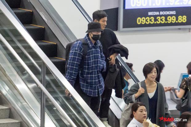 So Ji Sub đã có mặt tại Việt Nam theo lời mời của Diệp Lâm Anh.