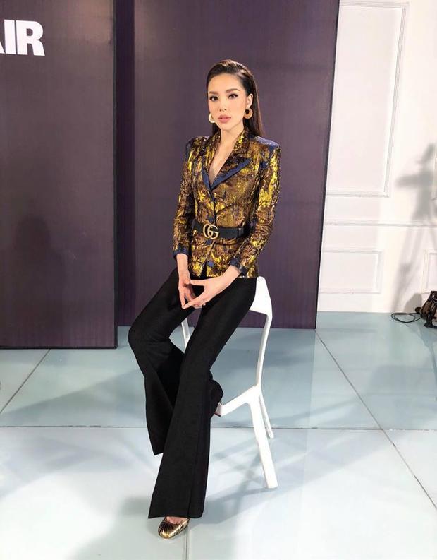 Menswear là phong cách mà Duyên đang theo đuổi và nó cực hợp với cô ấy.