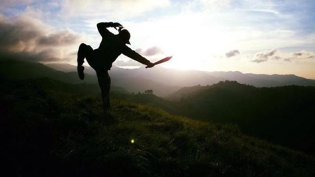 Niềm cảm hứng của phượt thủ trước cảnh núi non hùng vĩ là bất tận.