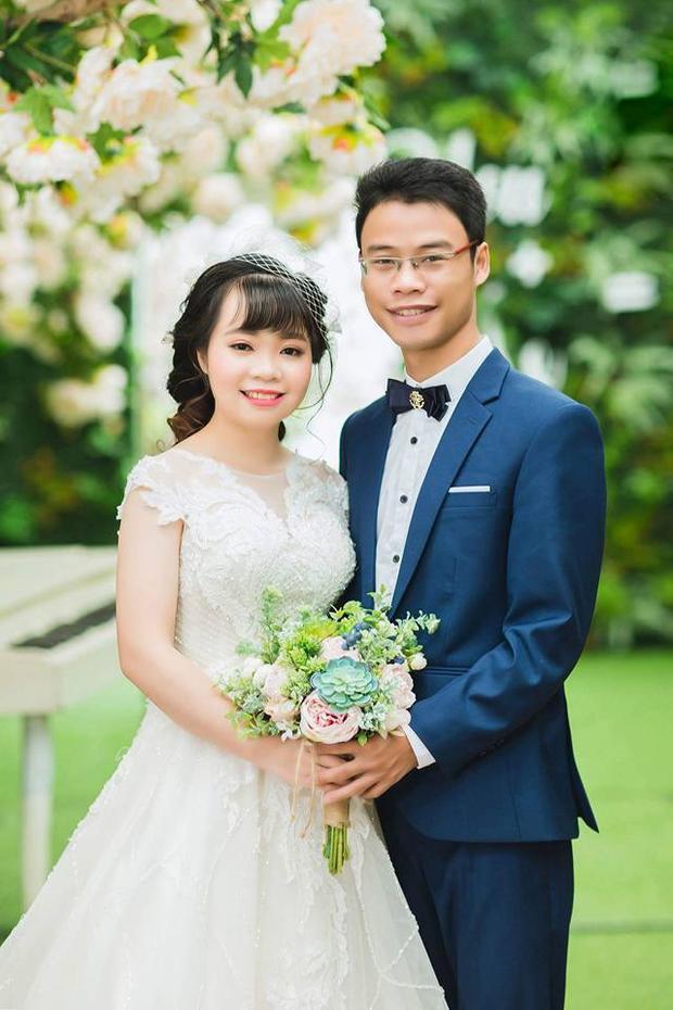 Cặp đôi hạnh phúc chụp ảnh cưới.