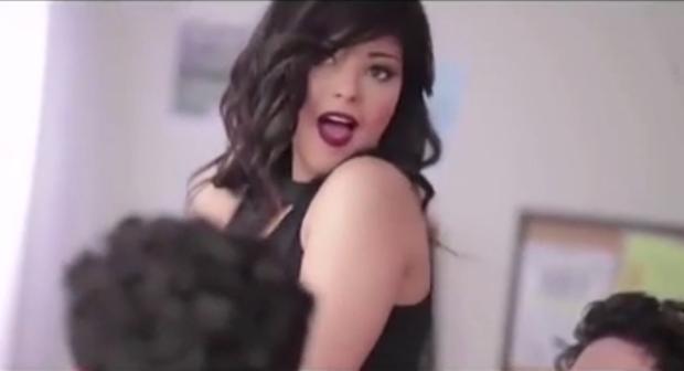 Shaimaa Ahmed bị bắt vì nội dung phản cảm trong MV ca nhạc.