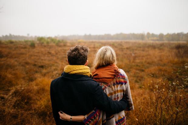 Mùa đông lạnh cũng là mùa để người ta yêu nhau hơn chăng? - (Ảnh minh họa).