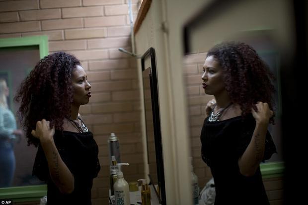 """Người giành giải năm ngoái, Michelle Rangel, 28 tuổi, một tù nhân buôn bán ma túy, cho biết """"Trong khoảnh khắc đó, tôi không cảm thấy mình đang ở trong tù. Linh hồn tôi dường như đã được giải thoát""""."""
