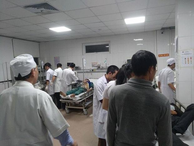 Vụ việc khiến 10 người bị thương, đa phần các nạn nhân bị chấn thương vai, cột sống và tay…