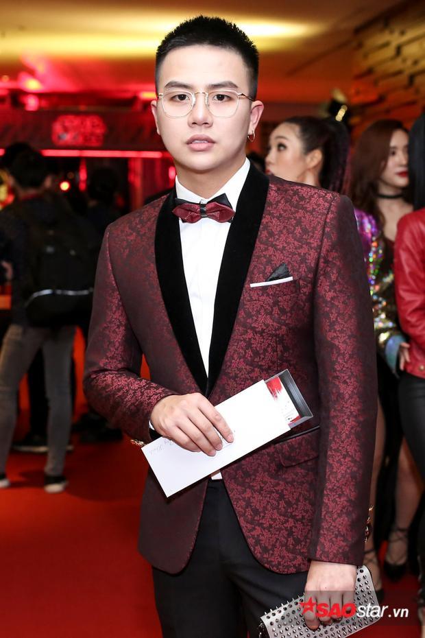Duy Khánh Zhou Zhou