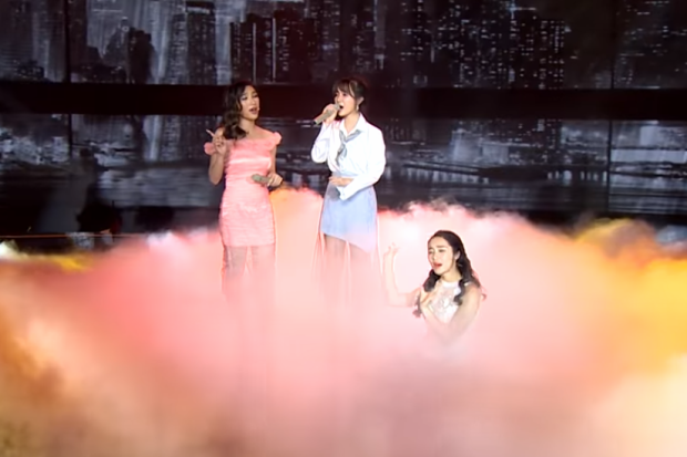 Có phải việc Hòa Minzy thất bại khi thuyết phục Jang Mi…