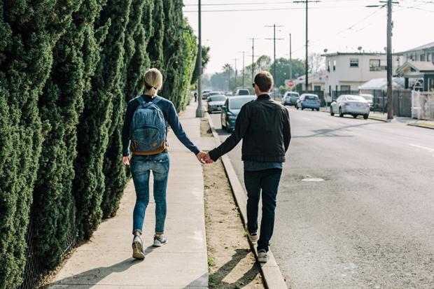 Nhờ vào tình yêu đích thực của mình, bạn có thể vượt lên trên những cảm giác đố kỵ, nhỏ nhen. - (Ảnh minh họa).