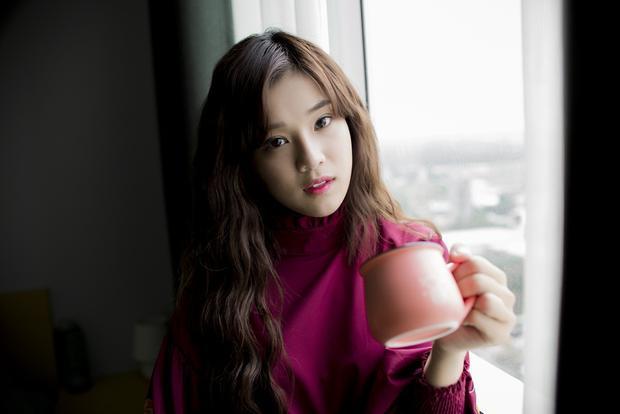 Hoàng Yến cho biết, sau hơn 3 năm lập nghiệp ở Sài thành, cô mới tự tin giới thiệu căn nhà do chính cô mua được từ việc dành dụm từng đồng cát-sê.