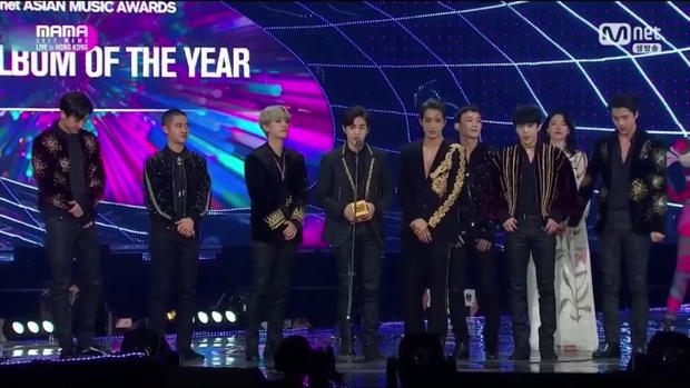 Không ngoài dự đoán, giải Daesang còn lại được trao cho EXO.
