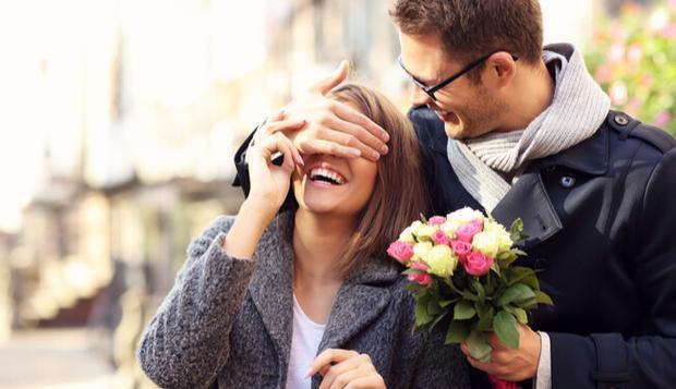 Nếu tình yêu của bạn xuất phát từ sự chân thành và muốn gắn bó bền vững thì hãy tin tưởng nhau- (Ảnh minh họa).