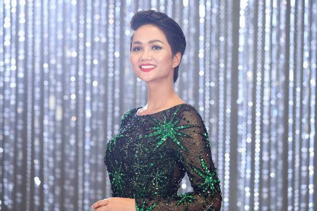 Hoàng Thuỳ lên tiếng về nghi vấn bỏ thi, không xuất hiện ở tập 10 Tôi là HHHV Việt Nam 2017