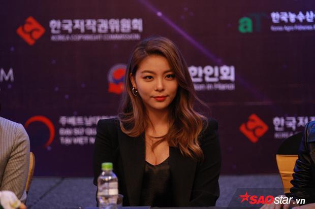 Ailee: Tôi thích ăn phở và bánh xèo, nếu có cơ hội sẽ làm concert ở Việt Nam