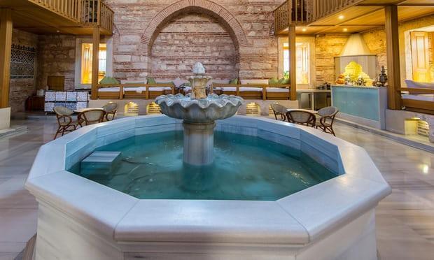 Top 10 spa, hồ bơi, phòng tắm hơi sang trọng mà giá bèo ở châu Âu