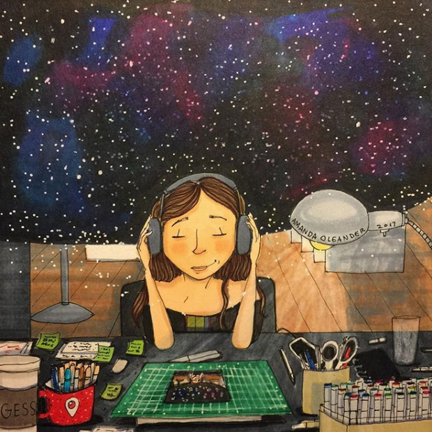 Hạnh phúc là khi chúng ta ở một mình, nghe bài hát mình yêu thích, chìm đắm trong không gian thơ mộng mình tự tạo ra.