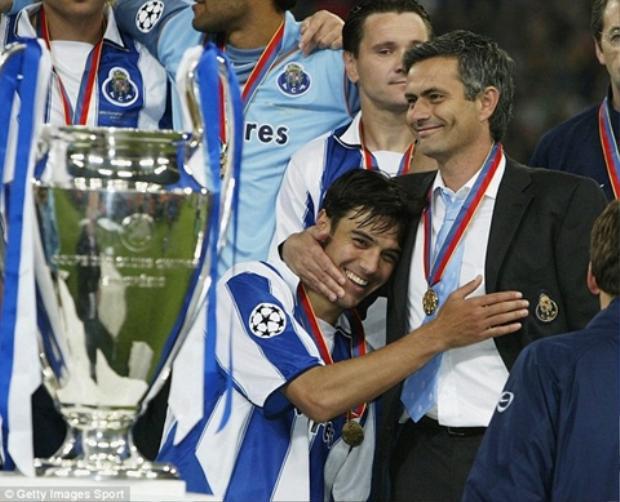 Nếu như phòng ngự phản công giúp Mourinho lên ngôi C1 cùng Porto…