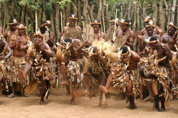 Ở Zulu, nam giới cũng phải kiểm tra sự trong trắng.