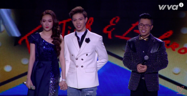 Erik - Hoàng Kim vui vẻ lắng nghe những góp ý từ ban giám khảo.