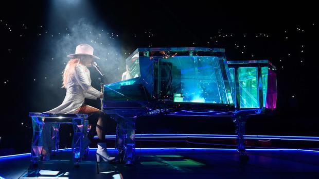 Joanne World Tour vẫn là một thành công lớn với tất cả các đêm diễn đều chật kín khán giả.