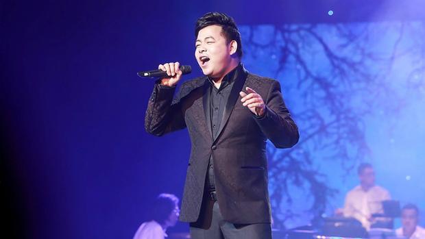 Quang Lê cho biết bản thân mất khá nhiều thời gian mới tìm được tên chủ đề cho đêm nhạc lần này là Tình chỉ đẹp.