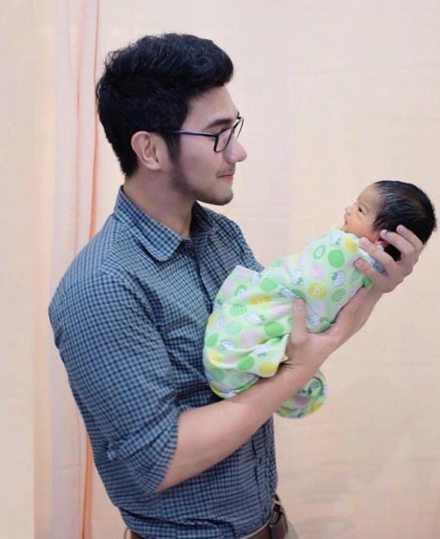 Sự thật về danh tính ông bố của em bé đẹp nhất mạng xã hội