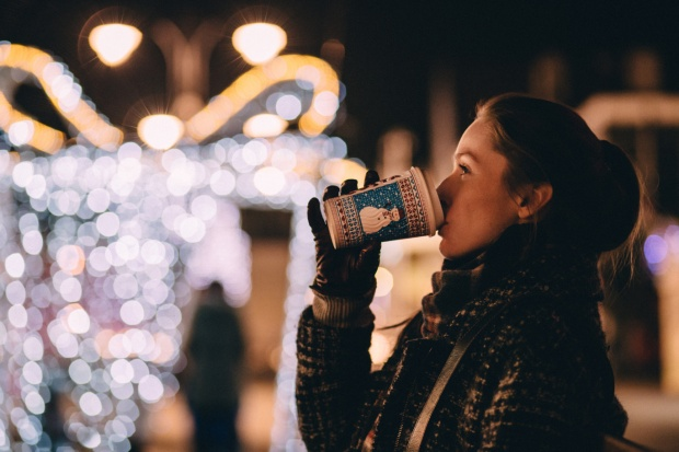 San sẻ với nhau một chút nhớ thương thì dù yêu xa đến mấy, Giáng sinh vẫn ấm áp vô cùng