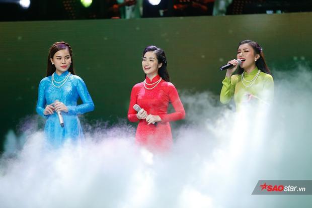 Nổi da gà với tiết mục tam ca lần đầu tiên của Hòa Minzy, Giang Hồng Ngọc, Tiêu Châu Như Quỳnh