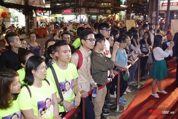 Buổi họp báo thu hút sự quan tâm của đông đảo người hâm mộ.
