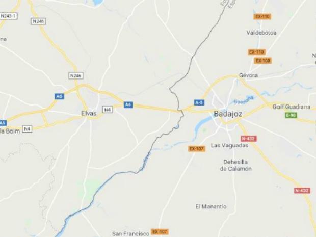Badajoz, Tây Ban Nha tới Elvas, Bồ Đào NhaLựa chọn này sẽ phù hợp với túi tiền của nhiều du khách hơn. Ngoài ra, bạn không phải thức quá nhiều để đợi. Nếu ở gần biên giới Tây Ban Nha - Bồ Đào Nha, du khách chỉ mất 25 phút để có quay về một tiếng. Chẳng hạn, nếu bạn ở thị trấn Badajoz, phía tây biên giới Tây Ban Nha, bạn có thể đón năm mới một lần nữa ở Elvas, Bồ Đào Nha. Ảnh: Supplied.