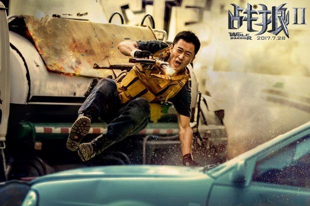 """""""Chiến lang 2"""" bộ phim có doanh thu cao nhất lịch sử điện ảnh Trung Quốc đã đưa Ngô Kinh dẫn đầu BXH."""