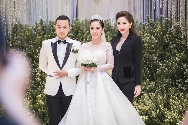 Đám cưới hoành tráng của Trang Pilla và Thế Bảo.