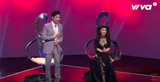 Tuần này, cặp đôi Mai Tiến Dũng cùng Ngọc Liên thể hiện ca khúc của cố vấn Ngọc Sơn khiến anh cảm động.