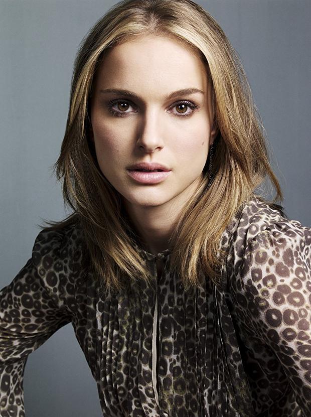 60. Natalie Portman. Năm qua, cô thủ vai chính trong 2 phim điện ảnhAngie Tribeca Christina Craft và Song to Song.