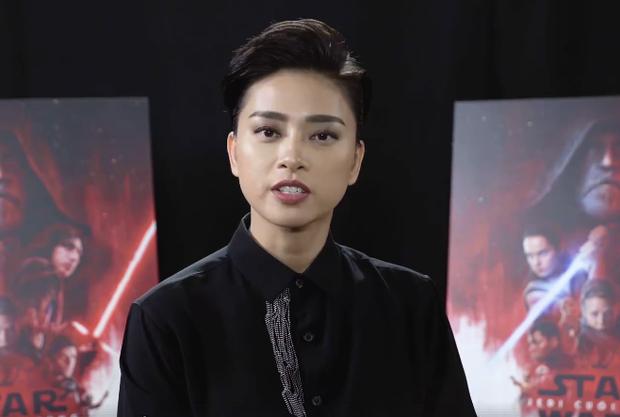 Cuối đoạn phỏng vấn, nữ diễn viên gửi lời chào tạm biệt và mong khán giả sẽ sớm gặp lại cô trong bộ phim.