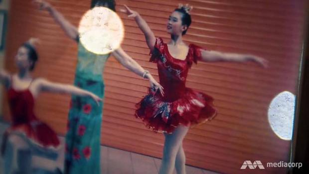 Múa ballet là niềm yêu thích lớn nhất của Sinh Yu.