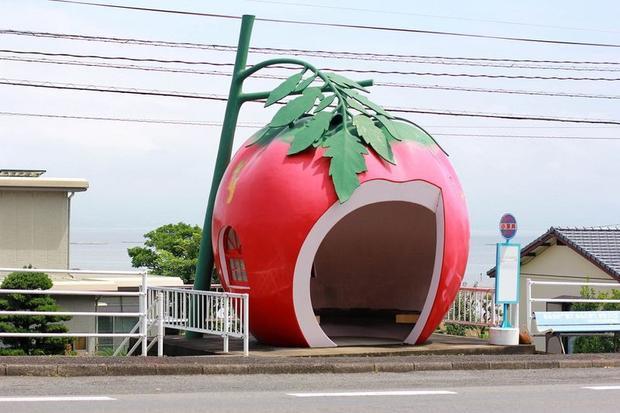 Cũng kể từ đó, những mô hình trên trở thành một địa điểm du lịch nổi tiếng ở Konagai.