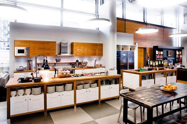 Sân bay Helsinki có cả nhà bếp để du khách tự nấu ăn những món mình thích