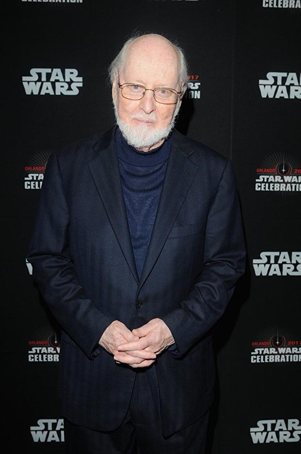 Nhà soạn nhạc John Williams giành được tổng cộng 26 đề cử Quả cầu vàng nhờ các bản nhạc phim của mình.
