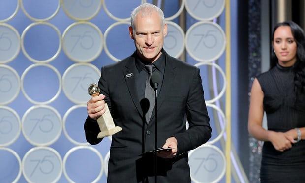 Đạo diễn Martin McDonagh nhận giải cho bộ phim của mình.