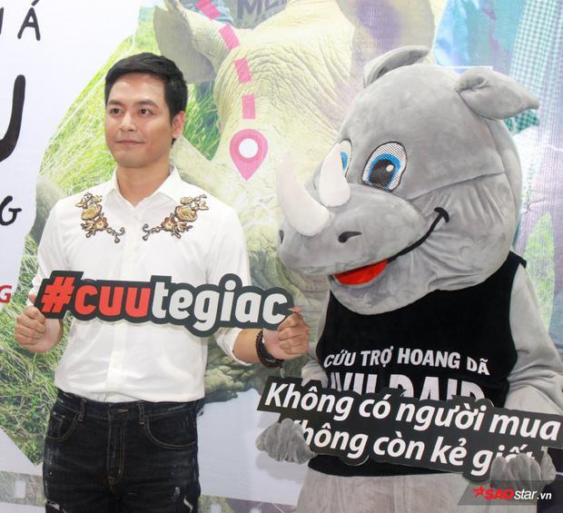 MC Phan Anh kiên quyết chống lại nạn săn bắn tê giác và các động vật hoang dã.