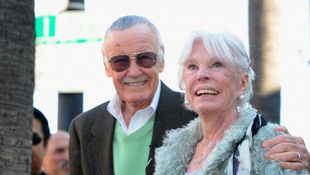 Vợ ông - Joan Lee - đã qua đời vào tháng 7/2017 vừa qua.